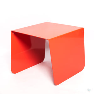 coffee table red