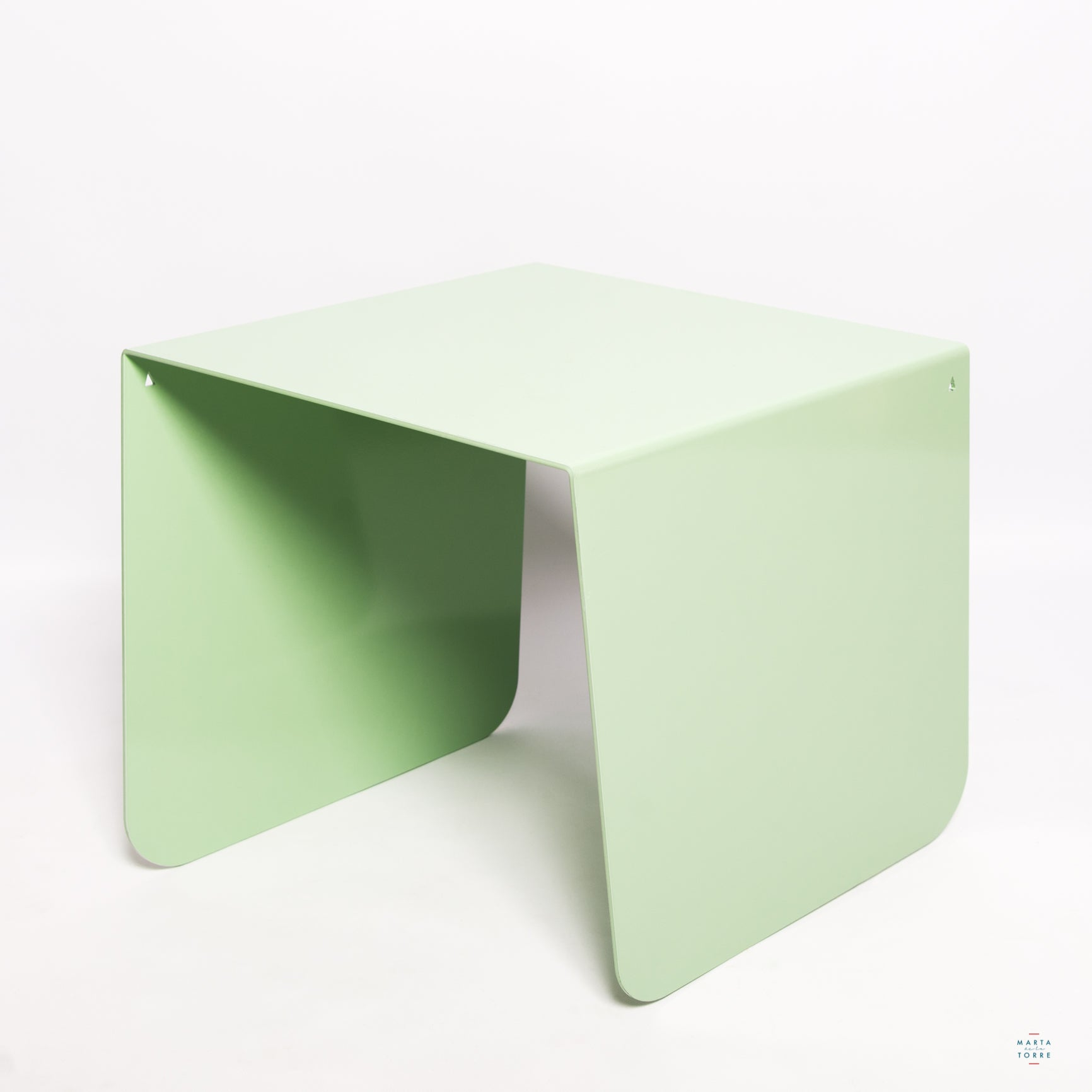 coffee table green