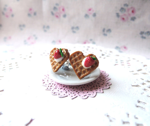 Sweet Heart Waffle Earrings