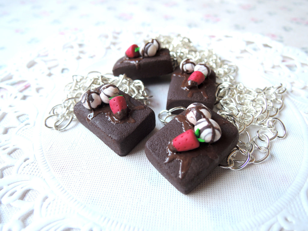 Chocolate Brownie with Ice-cream Necklace