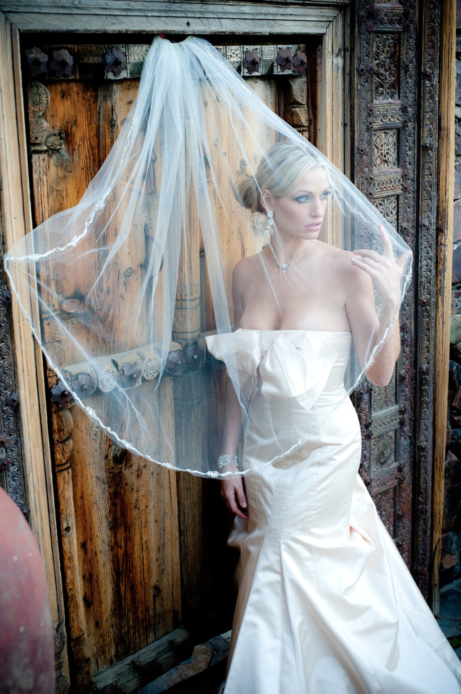Justine M Couture Chelsea Veil
