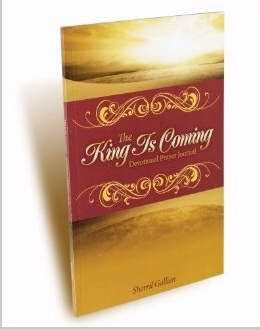 King Is Coming-31 Day Devotional Prayer Journal
