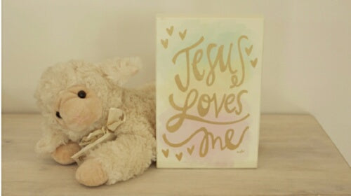 "Box Sign-Jesus Loves Me (Neutral Colors) (6"" x 9"""