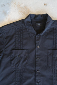 guayabera shirt - black