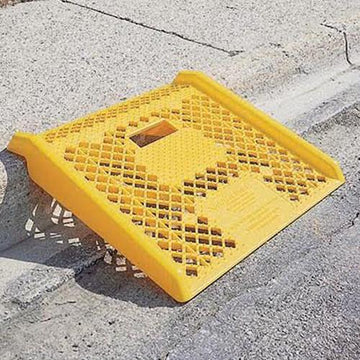 YELLOW CURB RAMP