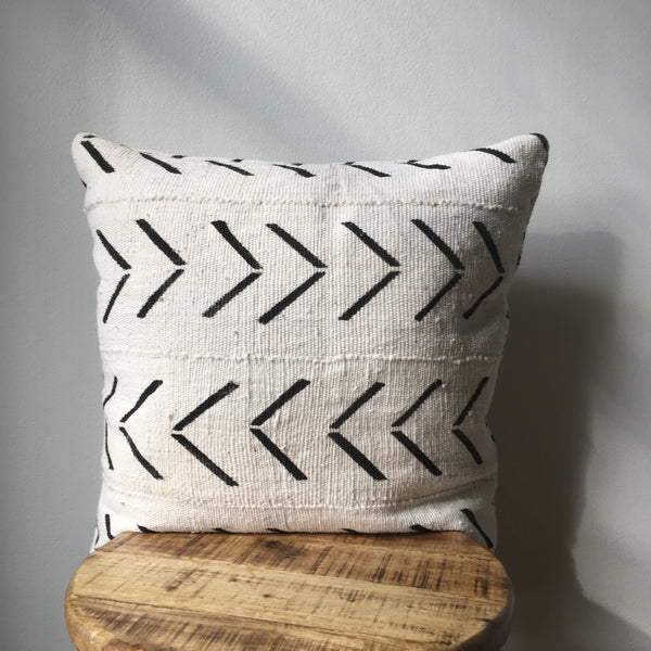 WHITE LARGE ARROW Pillow Cover