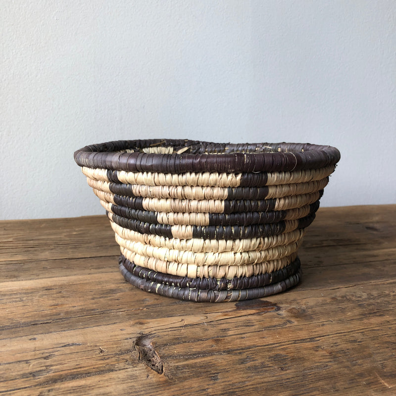 African Bowl Basket Plant Holder Pot