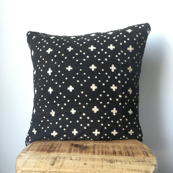 BLACK CROSS & DOTS MUDCLOTH Pillow Cover