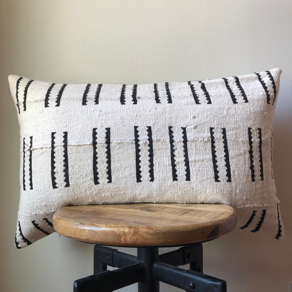 TRIBAL DASHED LINE MUDCLOTH PILLOW COVER