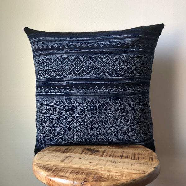 HAMONG ON BLACK MUDCLOTH Pillow Cover