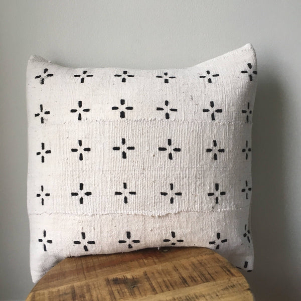 DASHED CROSS MUDCLOTH Pillow Cover