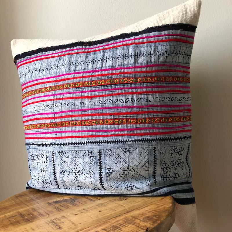 PINK HMONG ON WHITE MUDCLOTH Pillow Cover