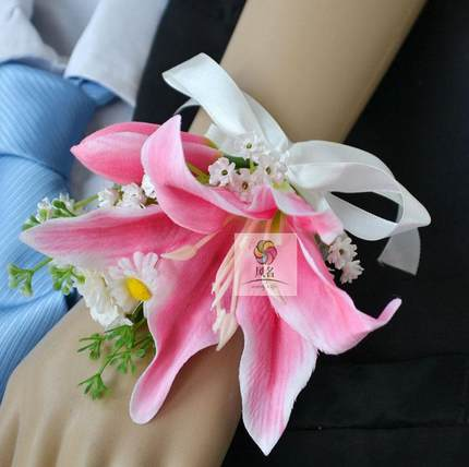 Wedding Corsages for Women Hand Wrist Flower 4 Pack