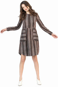 leo and sage women's stripe shirt dress in mahogany