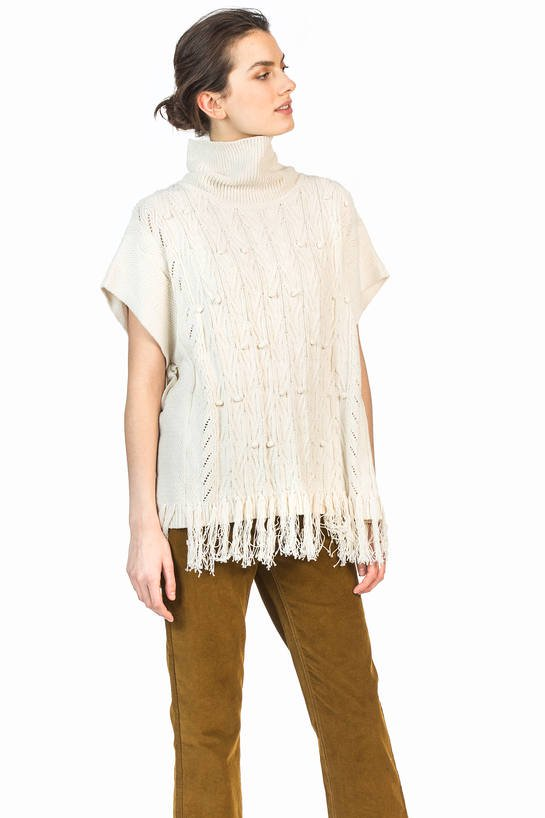leo and sage tassel poncho off white