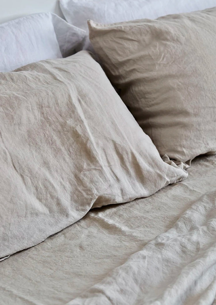 Linen Pillowslip Set in Dove Grey