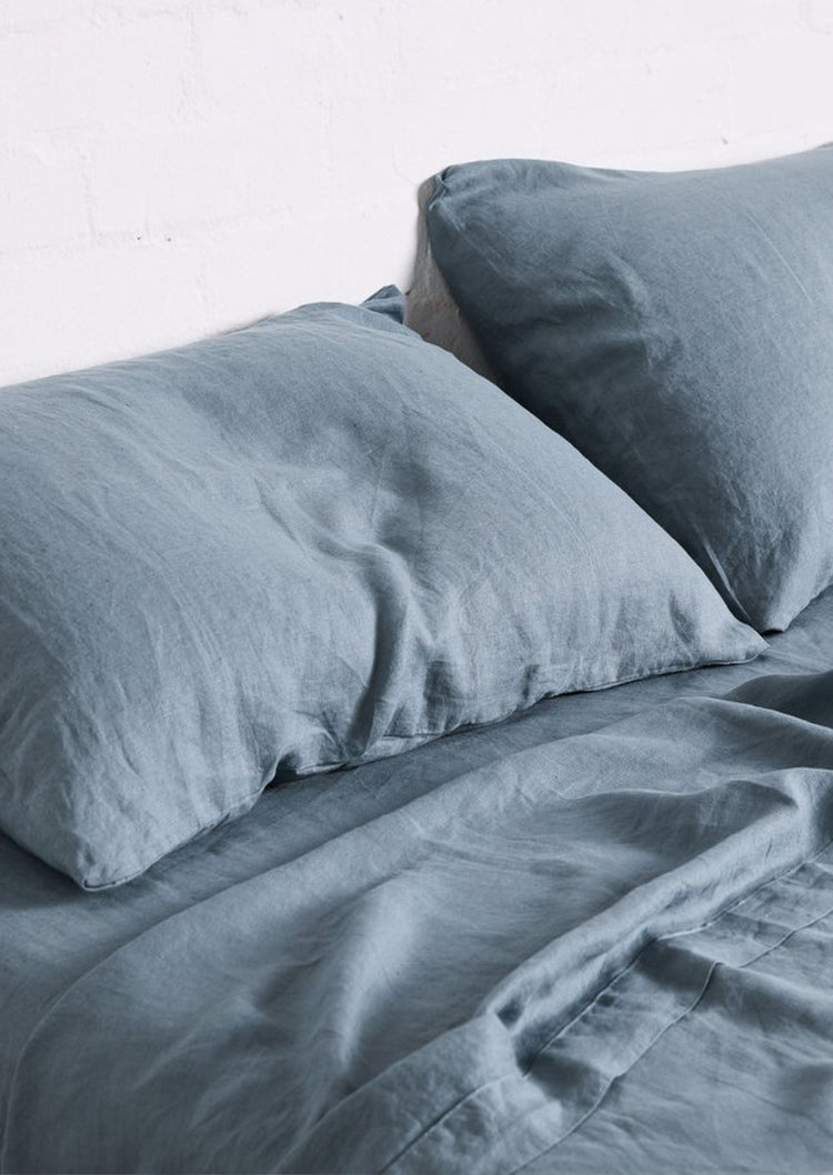Linen Pillowslip Set in Lake