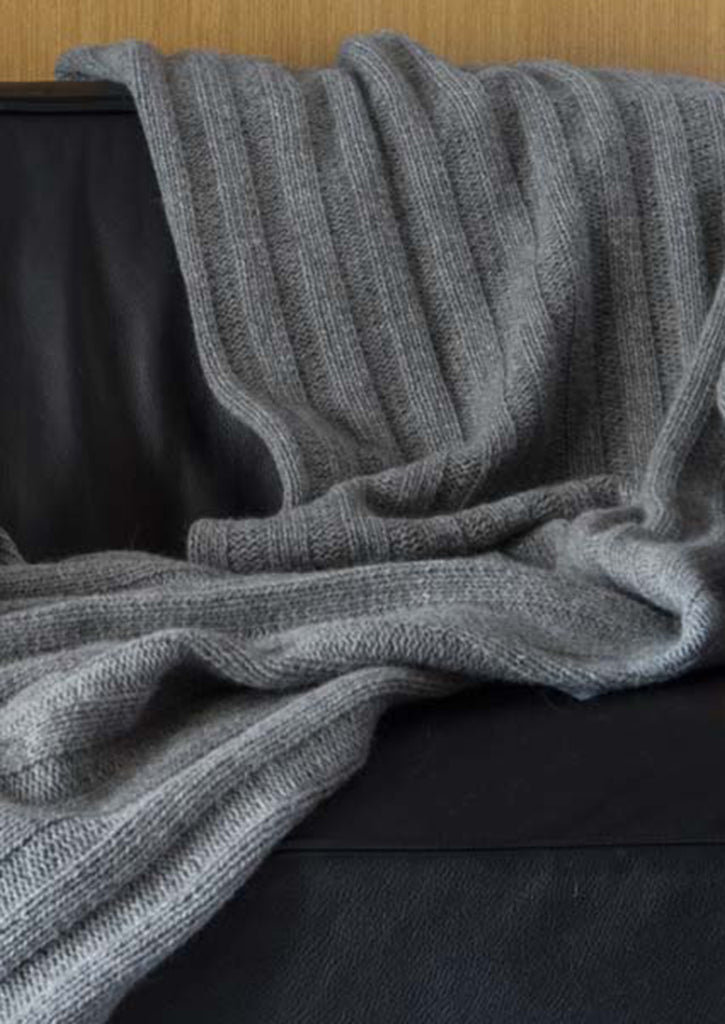 Chunky Rib throw