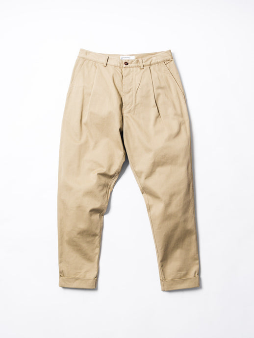 UNIVERSAL WORKS PLEATED PANT
