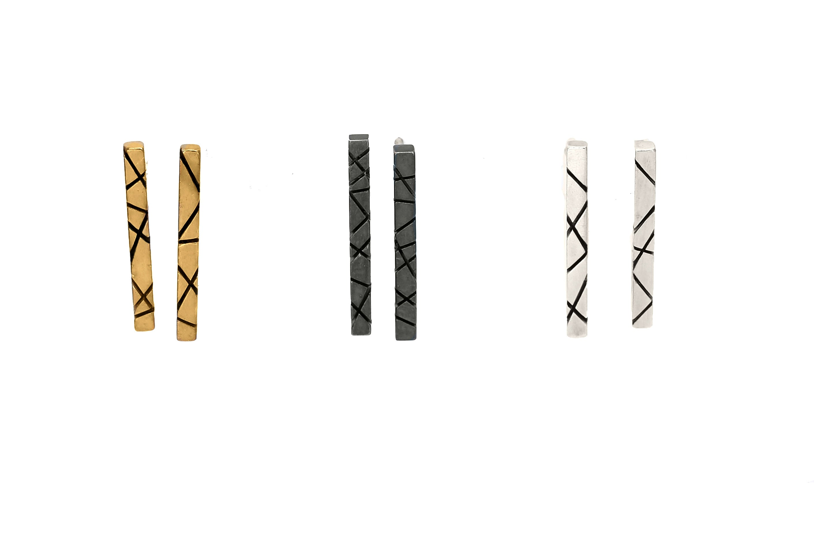 Intersecting Line Studs LG
