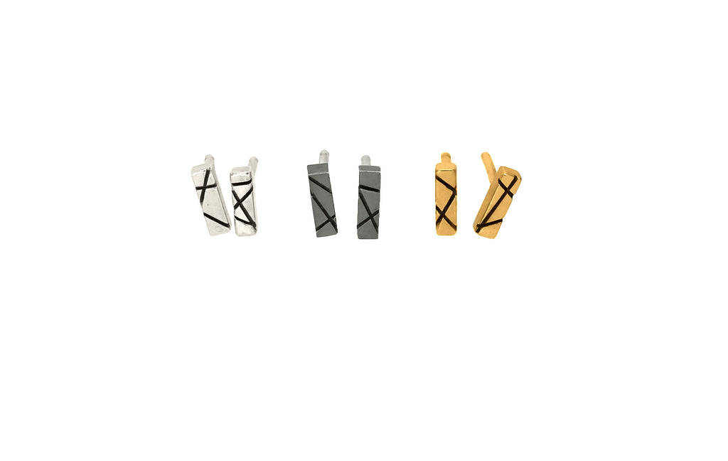 Intersecting Line Studs XS