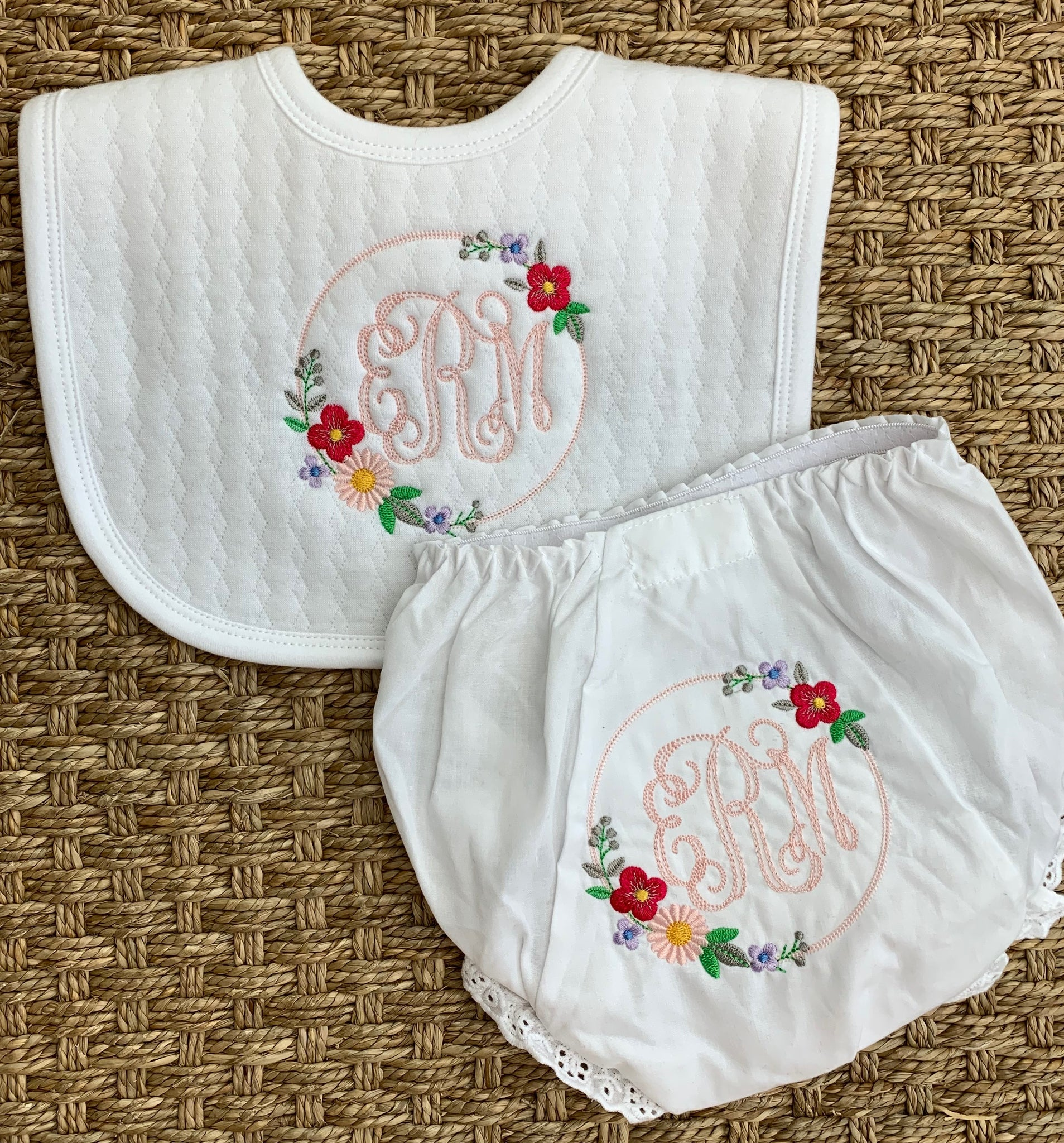 Bib & Bloomer Set