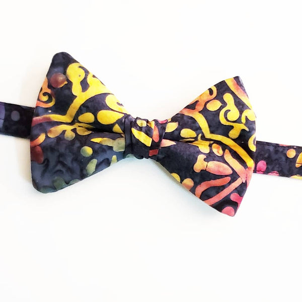 Artistic Pallet Butterfly Bow Tie