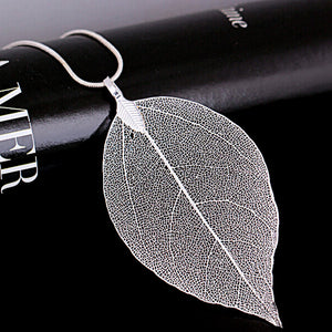 Long Chain Leaf Pendant