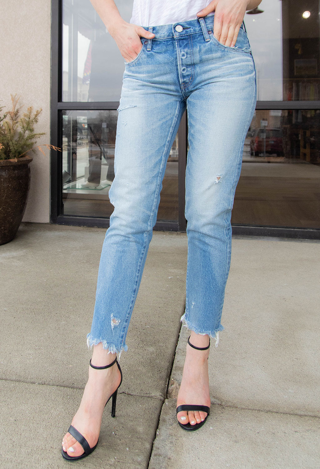 Moussy MV Kelly Tapered Denim, Light  Wash