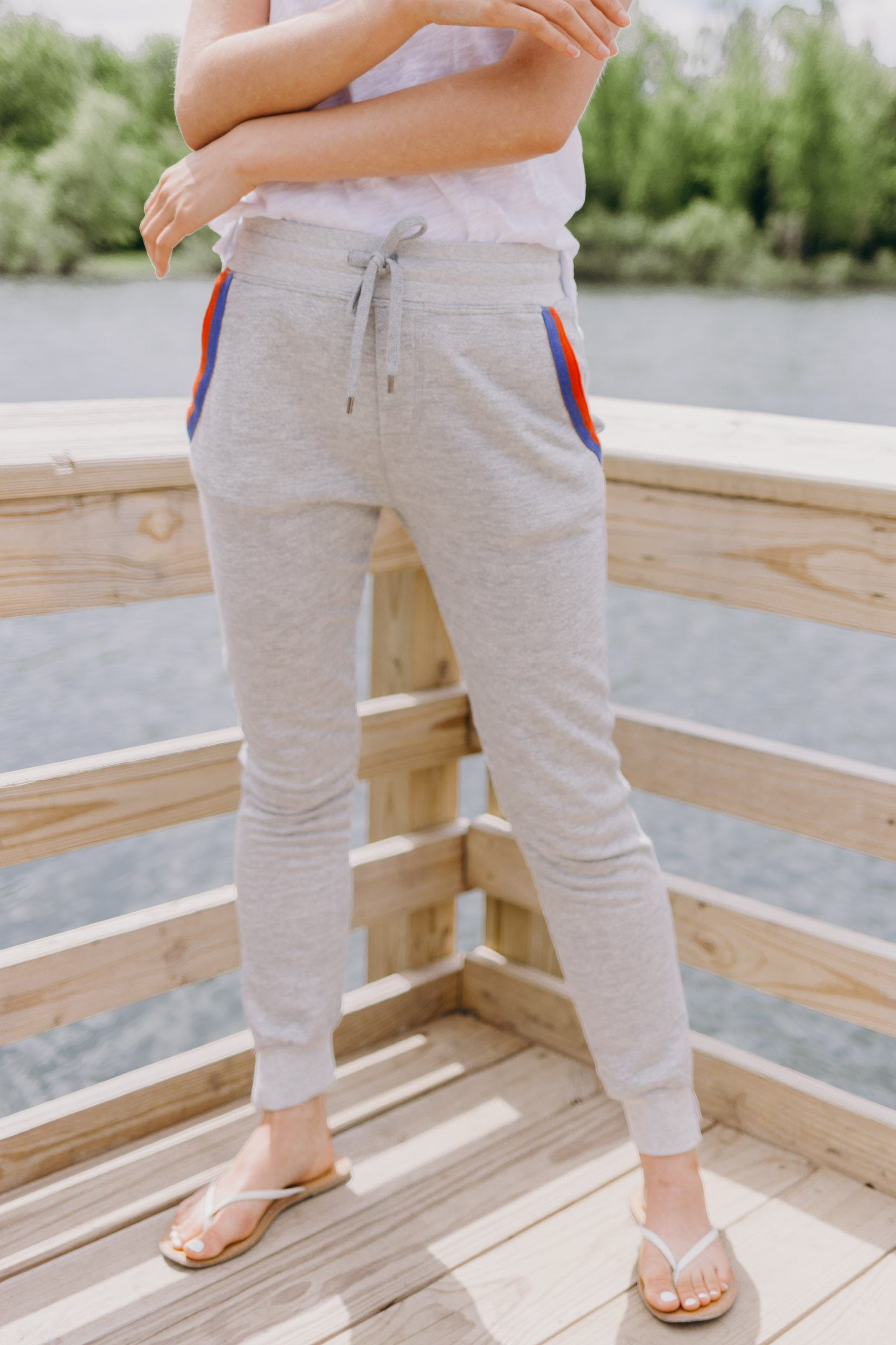 Sundry Relaxed Terry Jogger - RUST & Co.