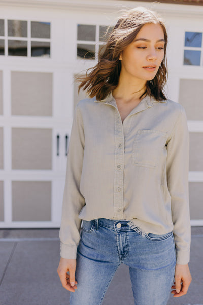 Bella Dahl Frayed Shirt Tail Button Down - RUST & Co.