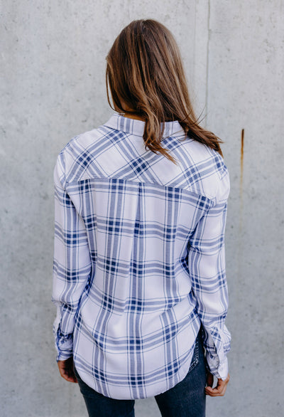 Rails Hunter White Storm Plaid - RUST & Co.