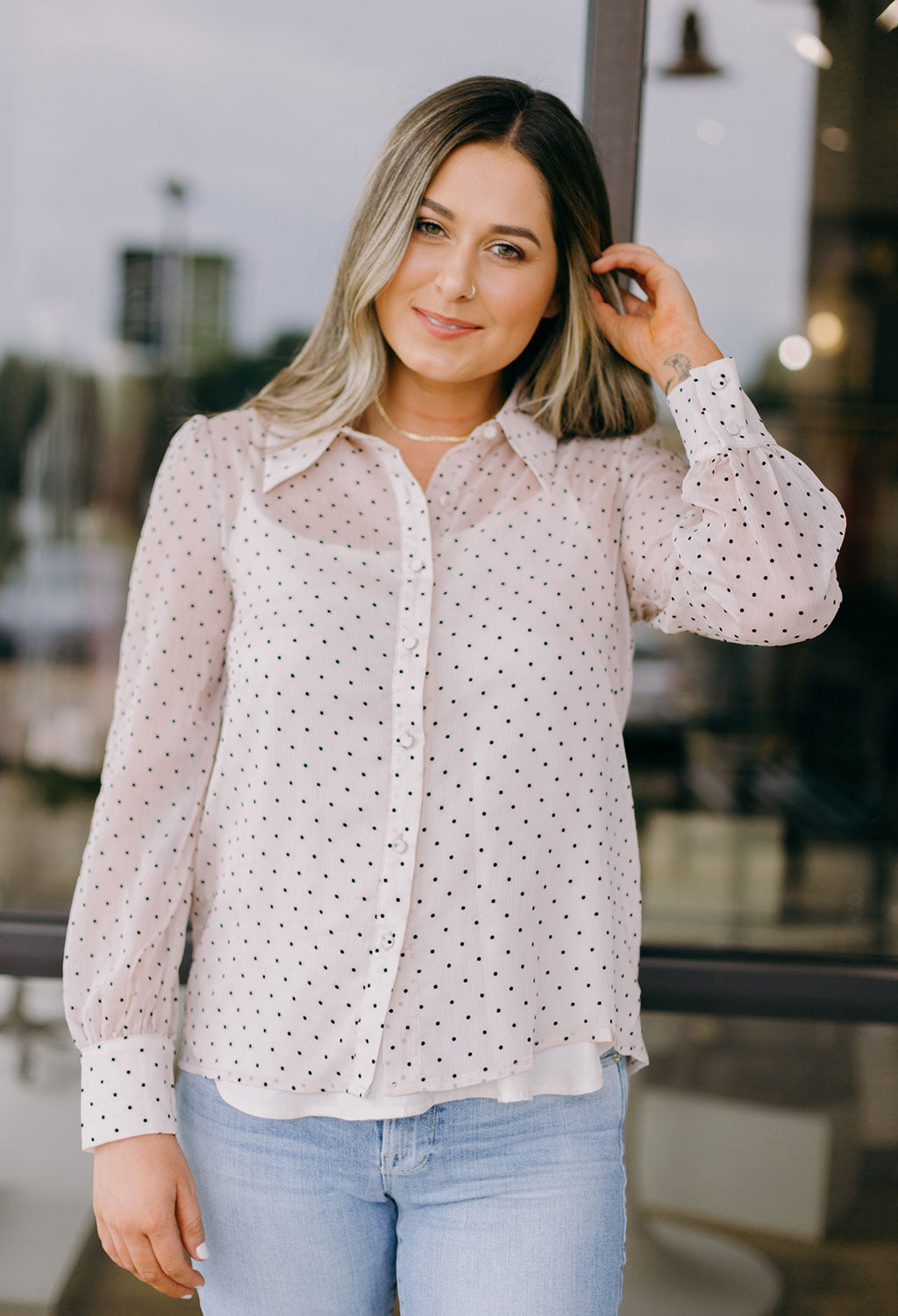 Donna Swiss Dot Blouse
