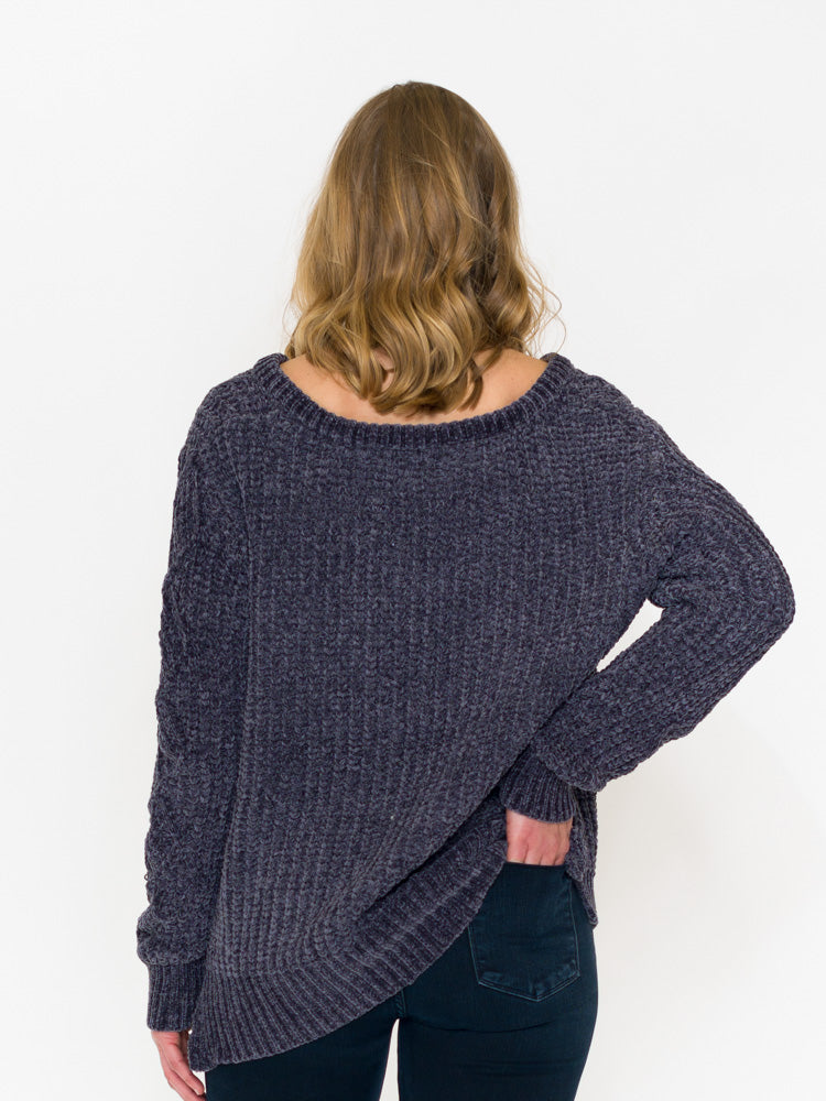 c64c229dce Oversized Chenille Cable V-Neck Sweater - RUST   Co.