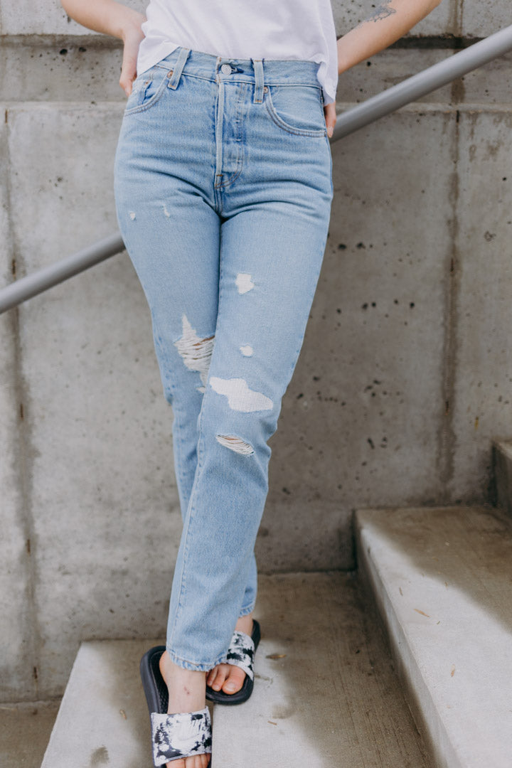 Levi's 501 Destructed Jeans