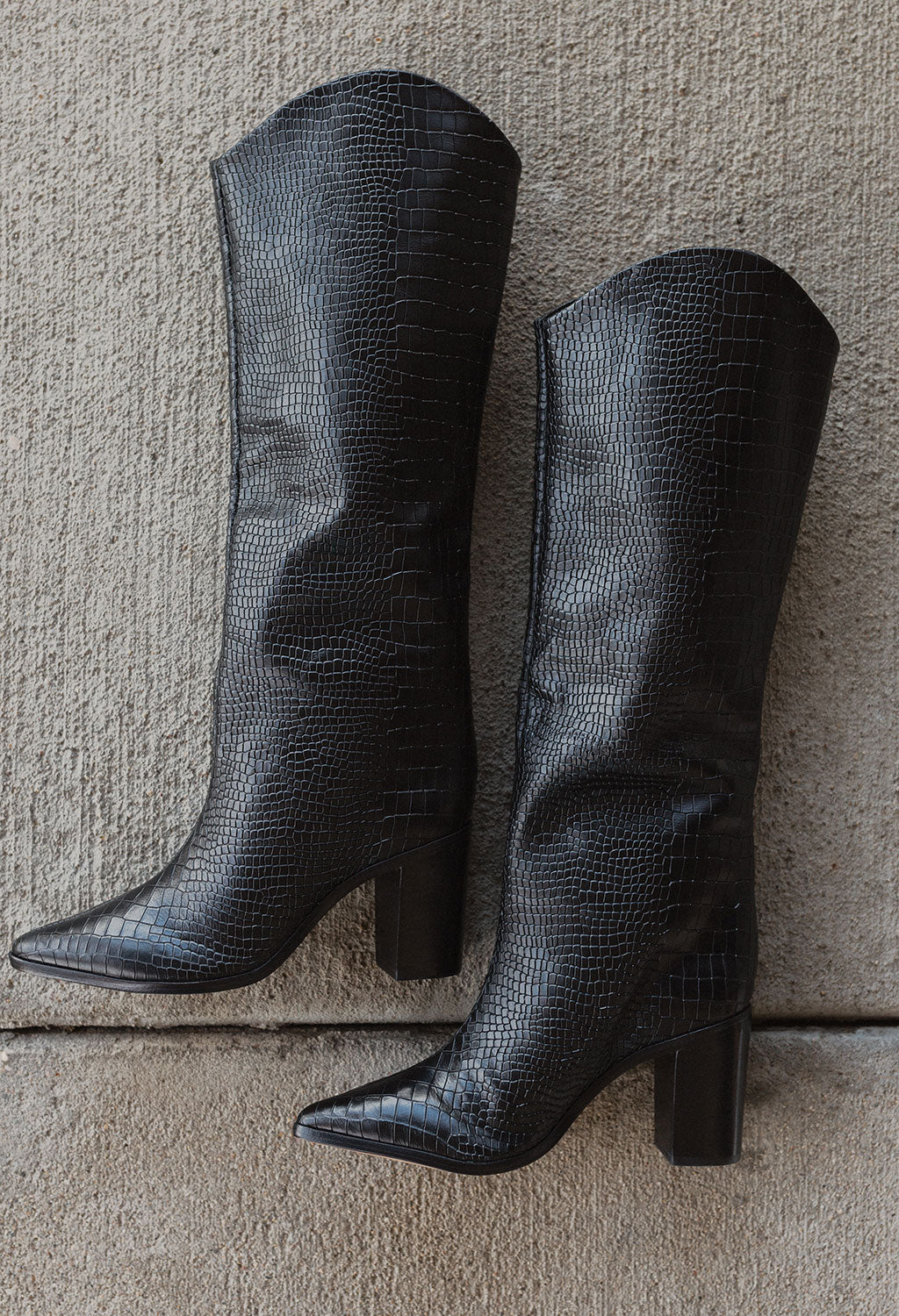 Schutz Analeah Black Croc Boot