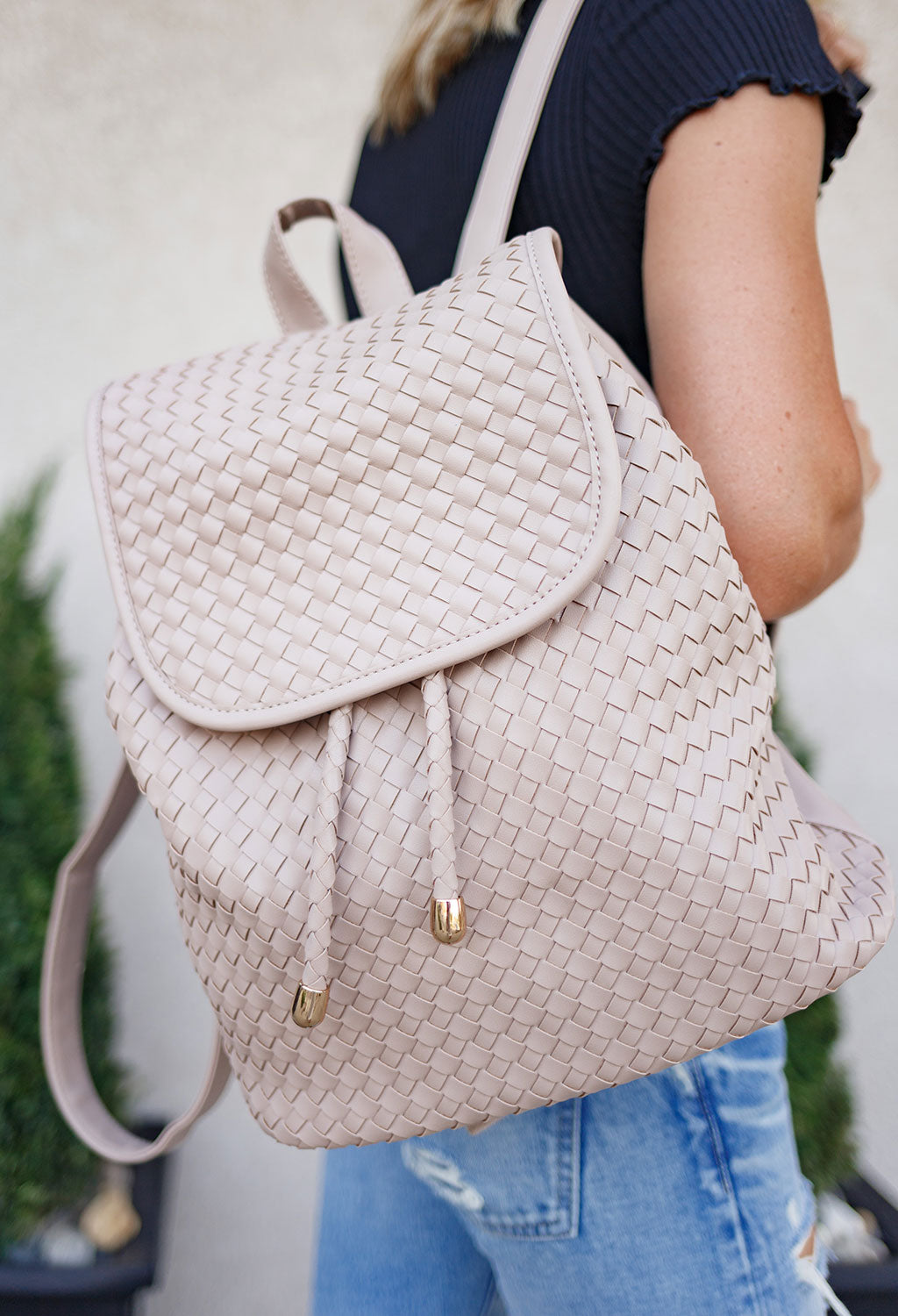 Victoria Woven Back Pack