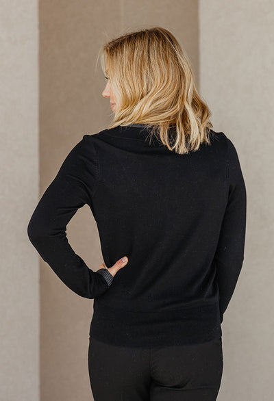 Leona Contrast Trim V-neck Sweater