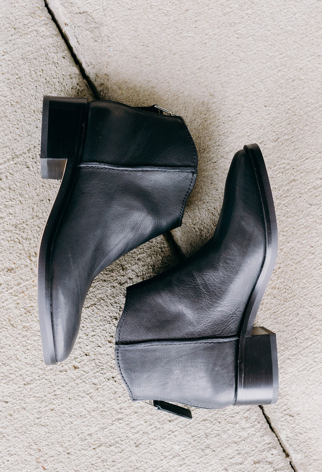 Dolce Vita Tucker Low Leather Booty