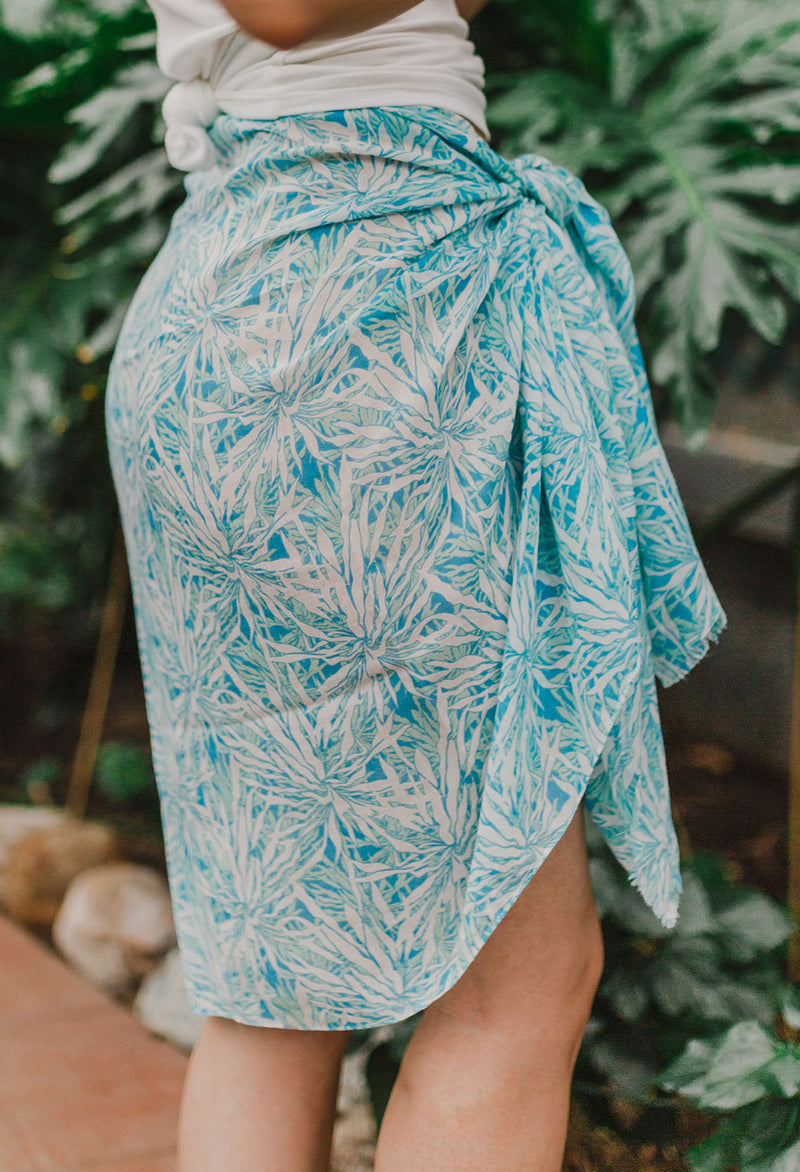 Surfs Up Sarong / Scarf