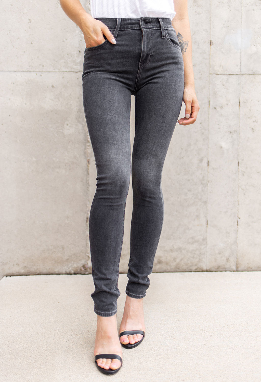 Levi's 721 High Rise Skinny, Black Wash - RUST & Co.