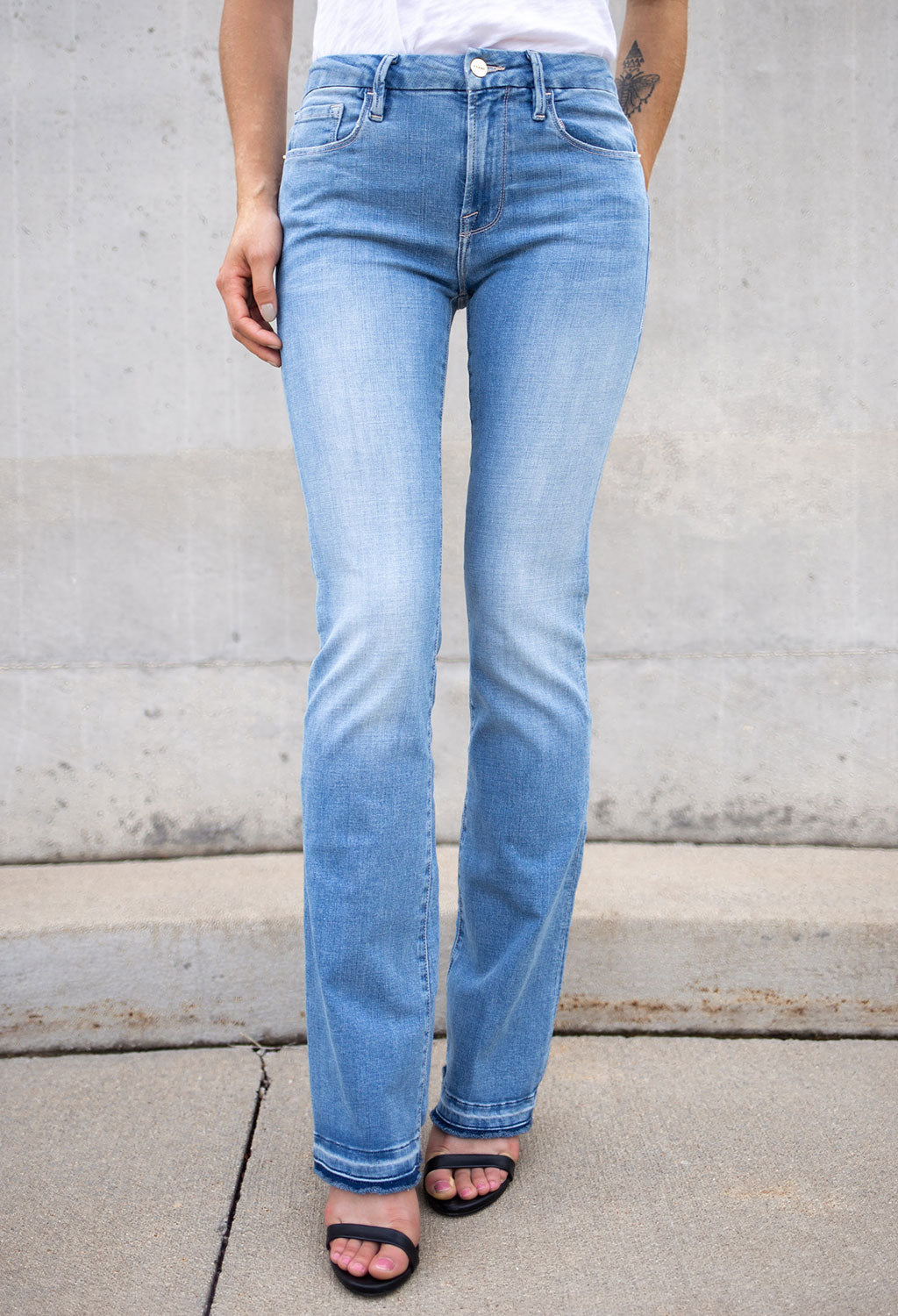 Frame Le Mini Boot Released Hem Jeans