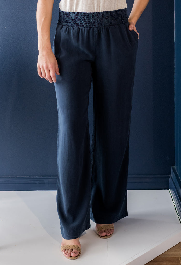 Bella Dahl Smocked Waist Wide Leg Pant, Navy