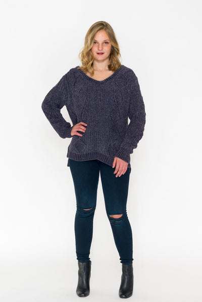 Oversized Chenille Cable V-Neck Sweater - RUST & Co.