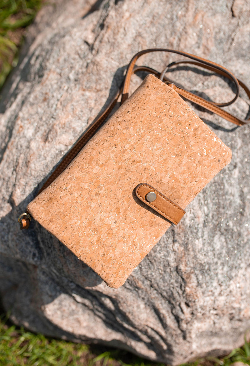 Carly Cork Clutch/Crossbody Hand Bag