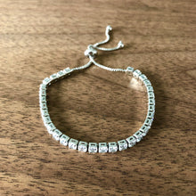 Load image into Gallery viewer, Delicate Rhinestone Bracelet