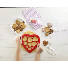 Lékué Heart Cookie Cutter Puzzle Heart Cookie Cutter Puzzle