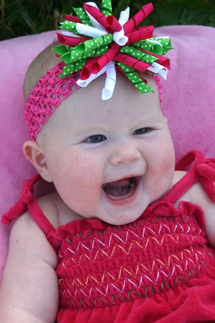 Sydney So Sweet korker on headband bow