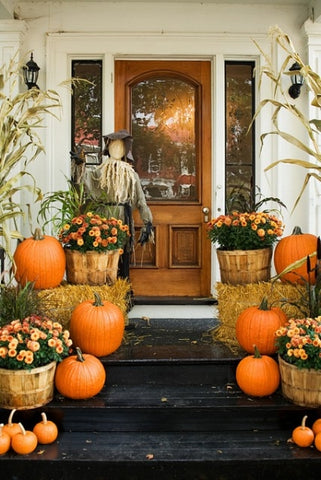 front porch decorations to make your home cozy and inviting for fall