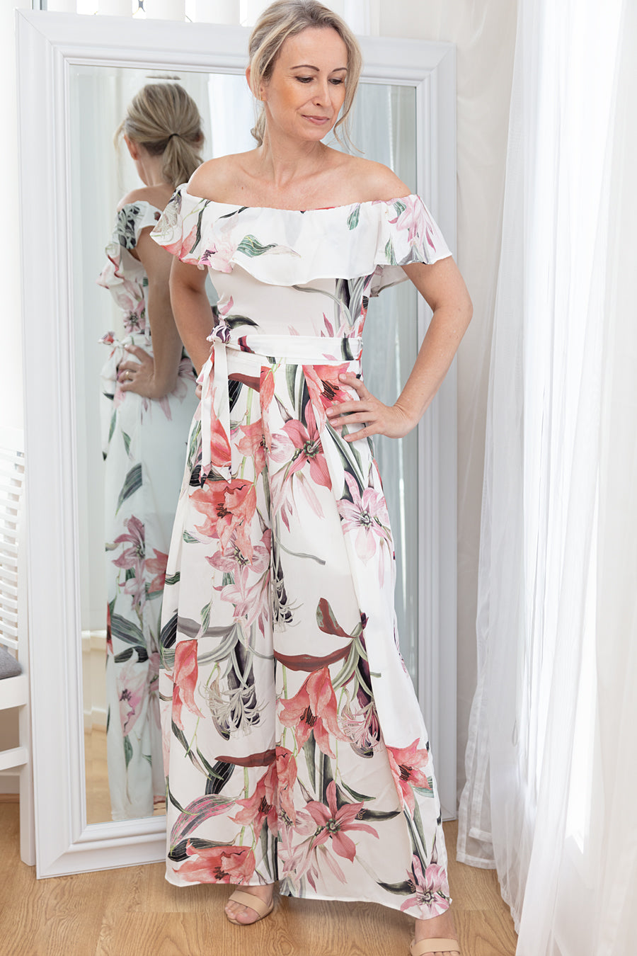 AGNES TWIST MIDI FLORAL DRESS - Two Sisters Instyle